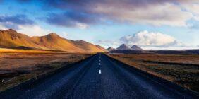 Islandia – elfy, lód i gorące źródła!