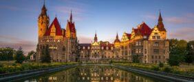 Magiczny Zamek w Mosznej, Nysa – starówka + fortyfikacje nocą i Góry Opawskie! [Szczyt KGP] *PREMIUM*